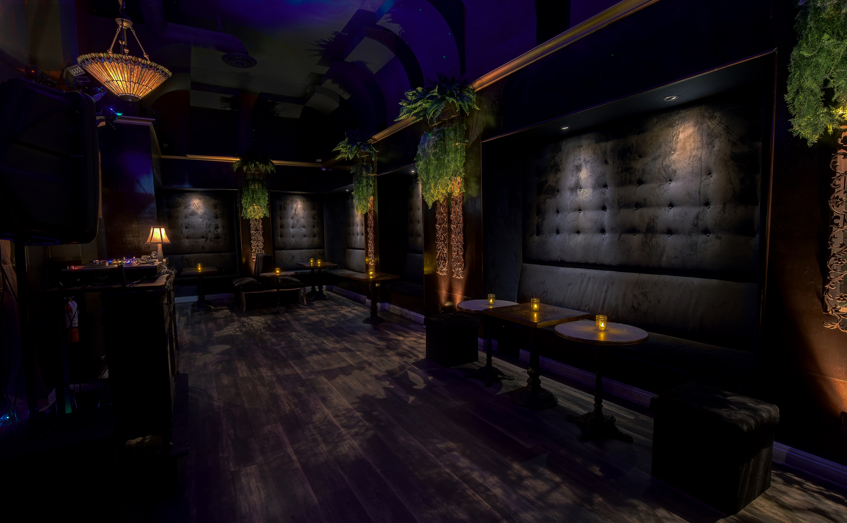 Paper Tiger Bar Interior photo